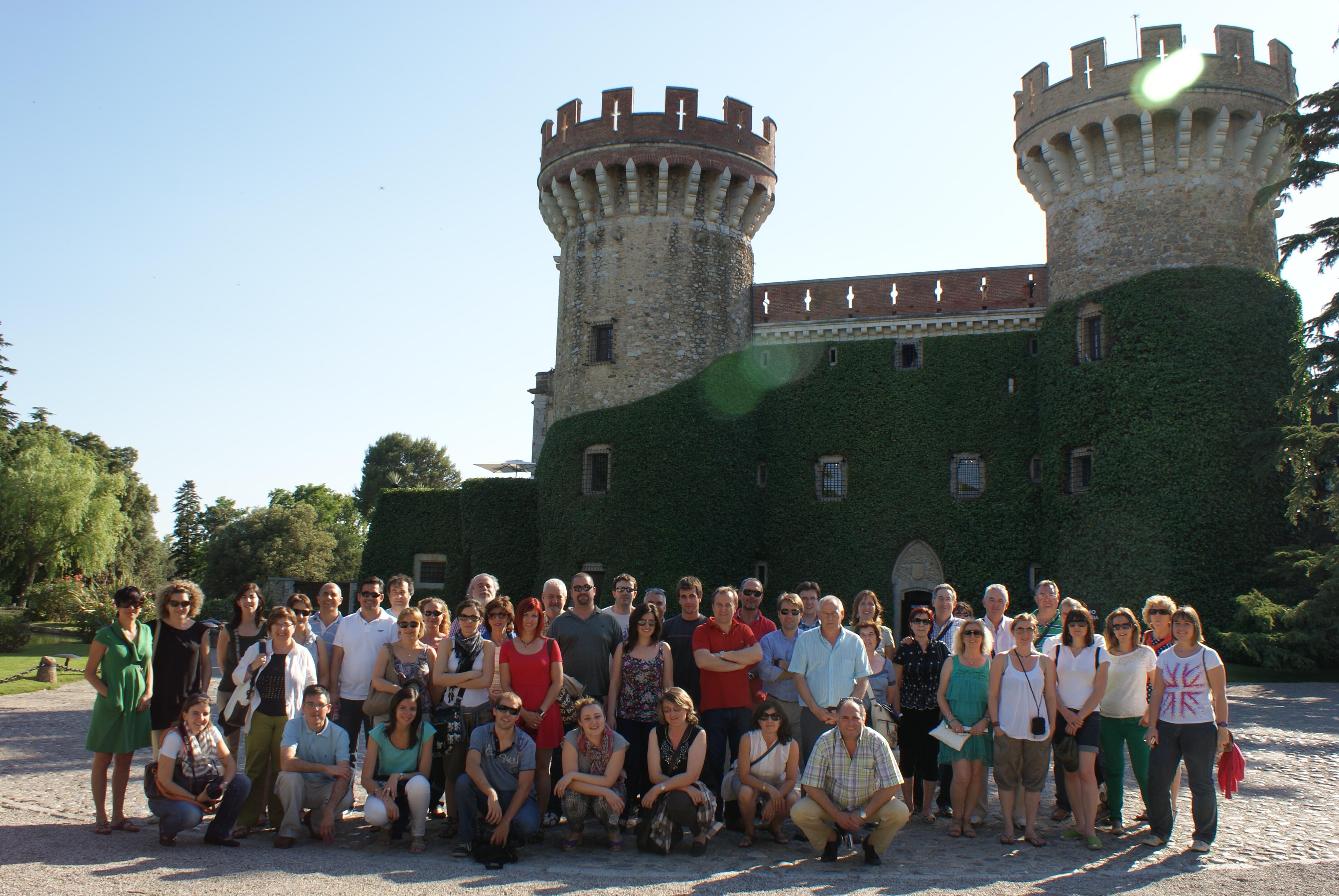 Foto de los asistentes en el Castillo de Perelada